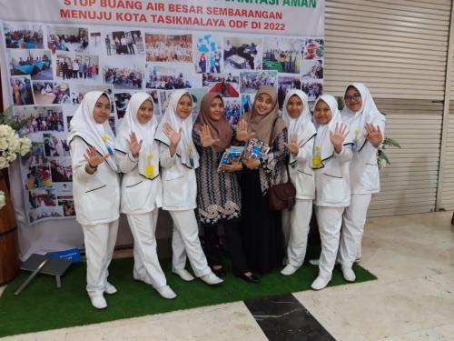 Photo Bersama Pembimbing dengan mahasiswa